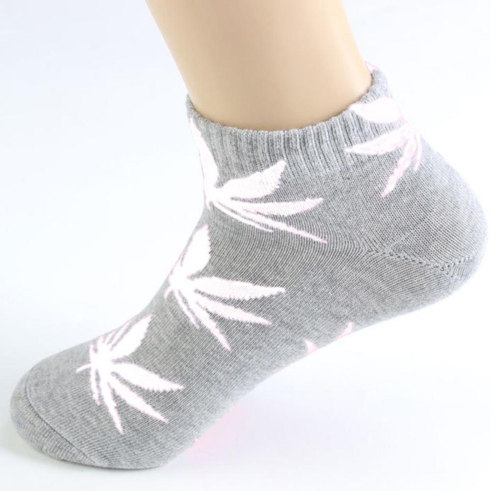 Короткие носки HUF серого цвета в белый лист