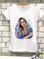 Красивая женская футболка с нарисованной девушкой