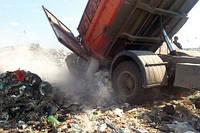 Вивезення сміття в Одесі.