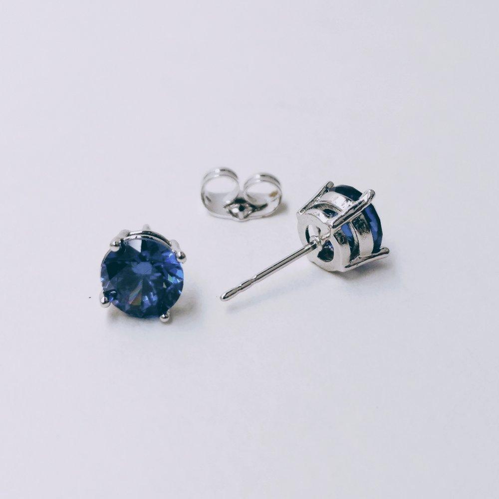 Серьги Xuping пусеты с камнем цвет синий d-7мм родий