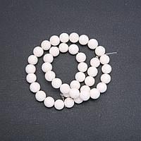 Бусины Губчатый Коралл белый шарик d-10мм нитка L-39 см купить оптом в интернет магазине