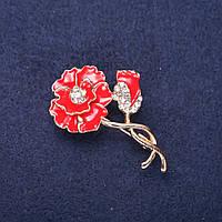 Брошь Цветок Мак стразы эмаль цвет красный белый 44х28мм золотистый металл купить оптом в интернет магазине