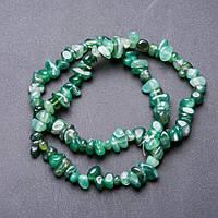 Бусины Агат зеленый крошка галтовка d-10-14+-мм нитка L-55см