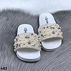 Женские шлепанцы цвет белый, экокожа +  декор бусинки, фото 4
