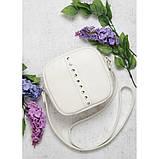 Стильная женская белая сумка кроссбоди с длинным ремешком через плечо матовая экокожа, фото 2