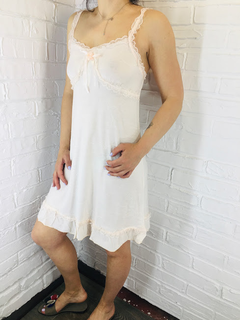 Жіноча нічна сорочка бавовна пудровий 524 42-46