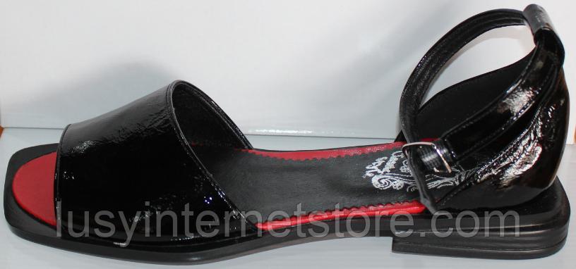 Босоножки кожаные черные от производителя модель КЛ1011