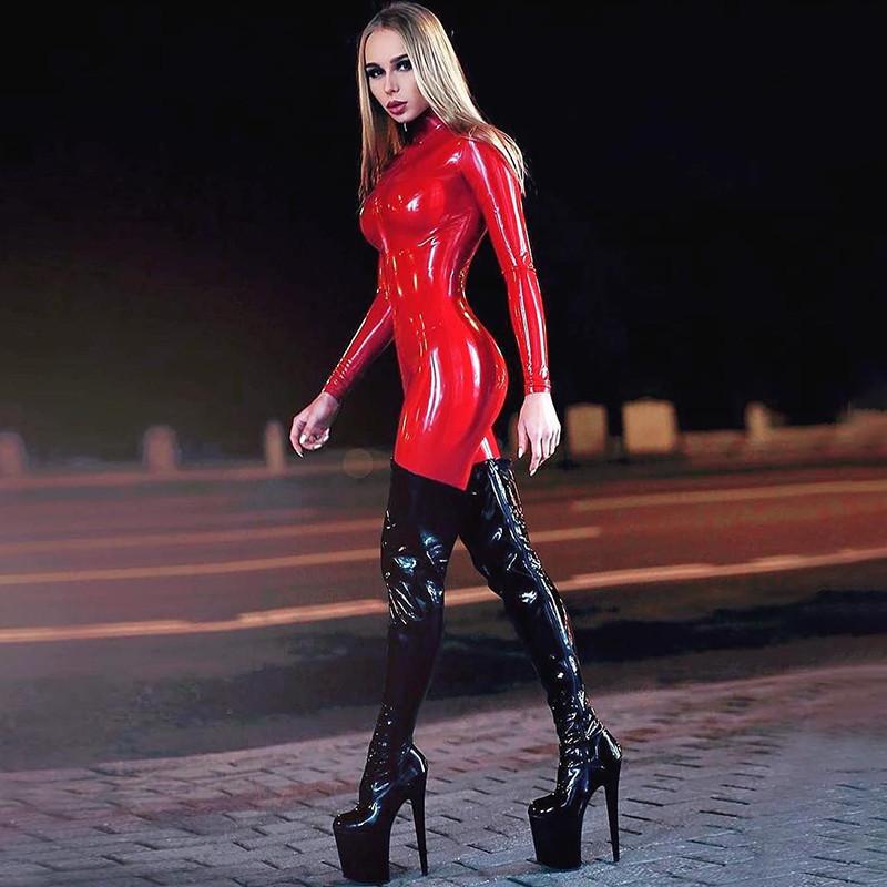Кожаный сексуальный лаковый комбинезон красный ВЛ-1001