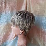 Короткий парик из термоволос пепельно-русый омбре RG4400-AB602, фото 4