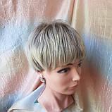 Короткий парик из термоволос пепельно-русый омбре RG4400-AB602, фото 5