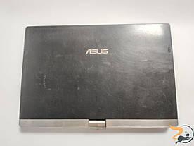 """Кришка матриці разом з матрицею, шлейфами, та петлями, все в зборі, для ноутбука Asus Eee PC T101MT, 10.1"""", б/в. Присутні подряпини та потертості."""