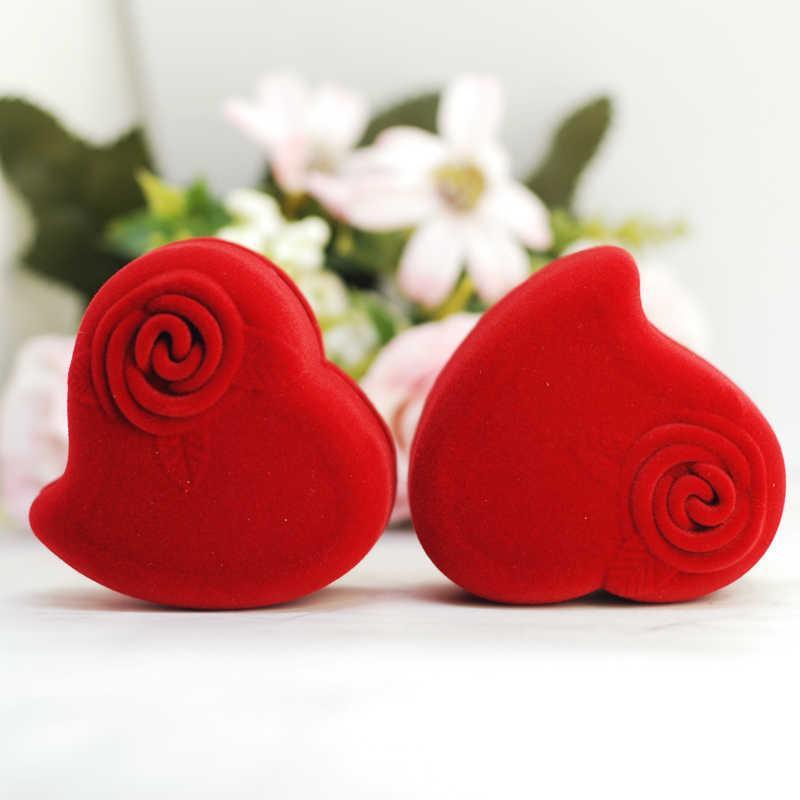 Футляр для кольца Сердце с розой красный