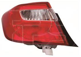 Левый задний фонарь Тойота Камри XV50 11-14 внешний