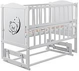 Кровать Babyroom Тедди Т-02 фигурное быльце, маятник, откидной бок  белый, фото 3
