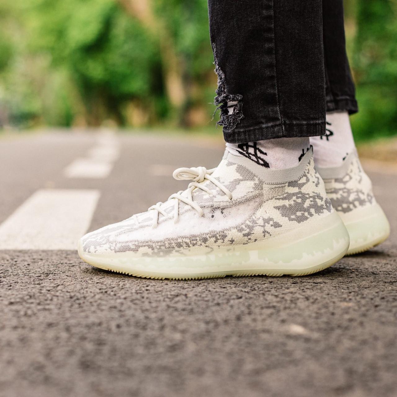 """Чоловічі кросівки Adidas Yeezy 380 """"Alien"""", Репліка"""