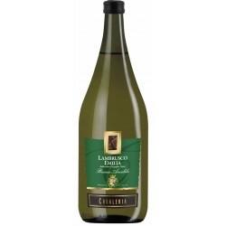Вино ігристе біле Ламбруско Cavaleria Lambrusco Emilia Bianco Amabile 1.5 L
