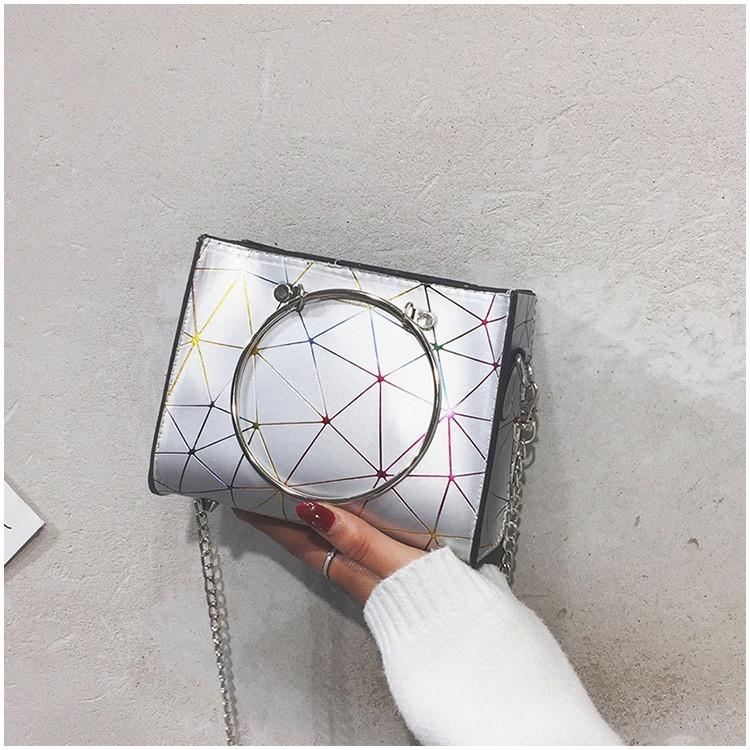 """Женская классическая сумочка с круглыми ручками на цепочке """"ПАУТИНКА"""" серая серебряная"""
