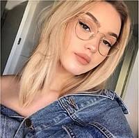 Стильные очки с прозрачными линзами