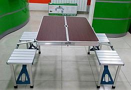 Раскладной стол для пикника с стульями. Алюминиевый стол коричневый