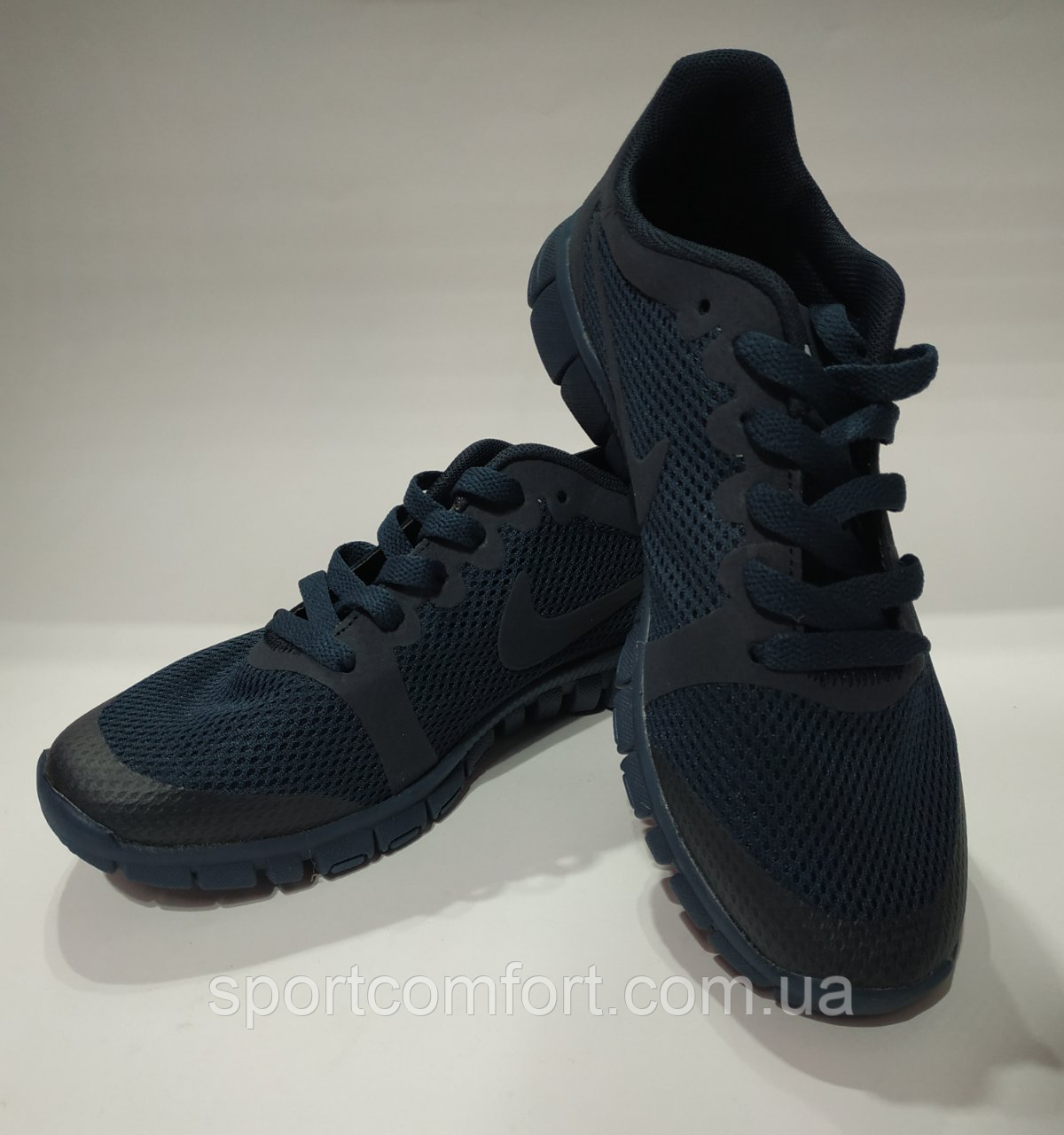 Кроссовки Nike(размер 36-37) женские сетка серые, черные, синие