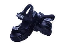 Женские черные босоножки на платформе