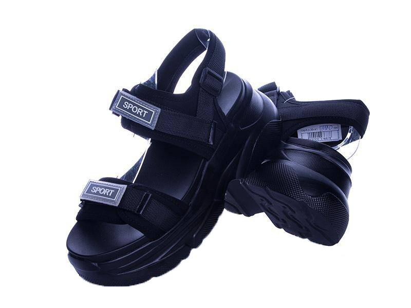 Женские черные спортивные босоножки на платформе