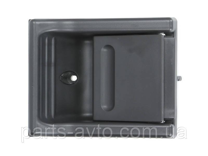 Ручка внутрішня зсувних дверей MERCEDES SPRINTER, VW LT 1995 - 2006 BLIC 6010-02-018401PP, 5132049A