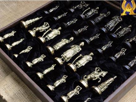 Шахматы из бронзы ручной работы