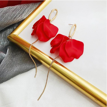 Длинные серьги с цветком