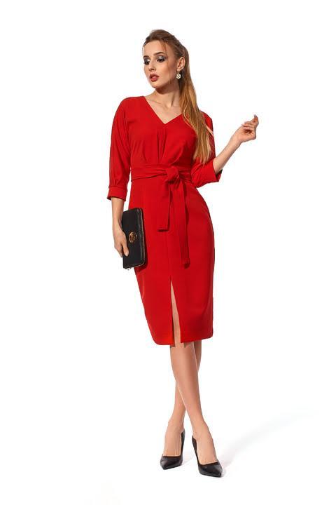Красное женское однотонное платье в деловом стиле с поясом размеры 42-50