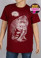 Детская и подростковая футболка для мальчика с светящимся в темноте рисунком.
