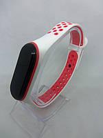 Ремешок перфорированный  Sport браслет  Mi Band 3/4 MiBand 3/4 ми бенд 3/4 бело-красный, фото 1