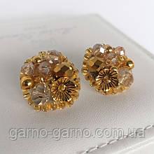 Сережки прозорі з кришталевими намистинами бісером повсякденні вечірні стильні сережки золотисті з квіткою