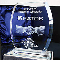 """3D логотип в кришталевому кристалі """"Тріумф"""" - Бізнес подарунок партнерам, колегам, співробітникам"""