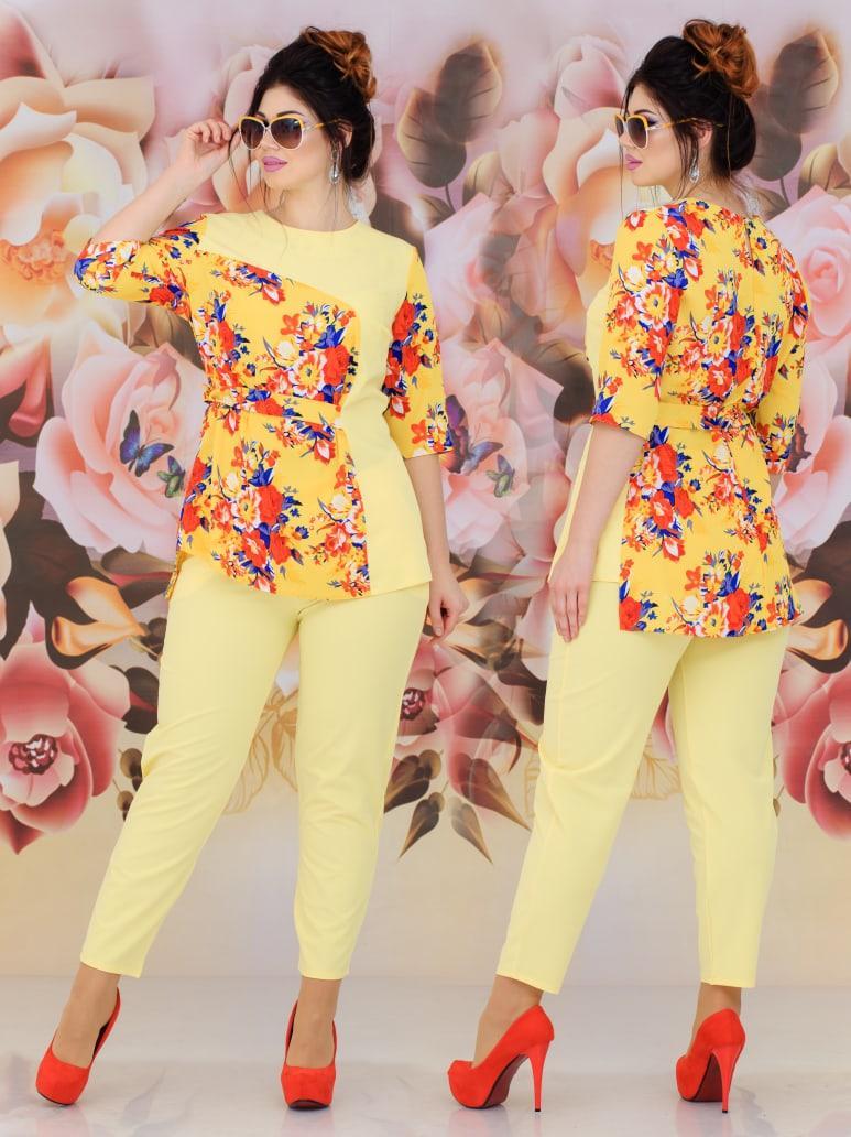 """Жіночий річний брючний костюм у великих розмірах 299 """"Квіти Комбі Зав'язка"""" в кольорах"""
