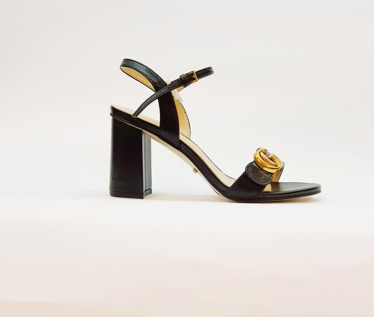 Босоножки женские из натуральной кожи на высоком каблуке столбик черные