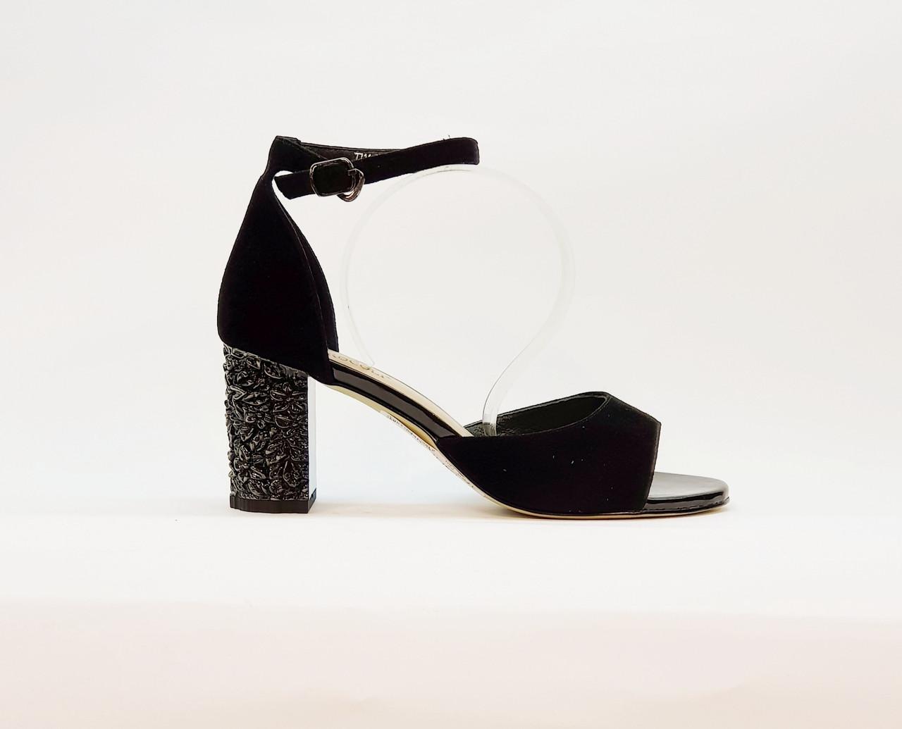 Босоножки женские натуральная замша на высоком каблуке столбик черные закрытая пятка 38