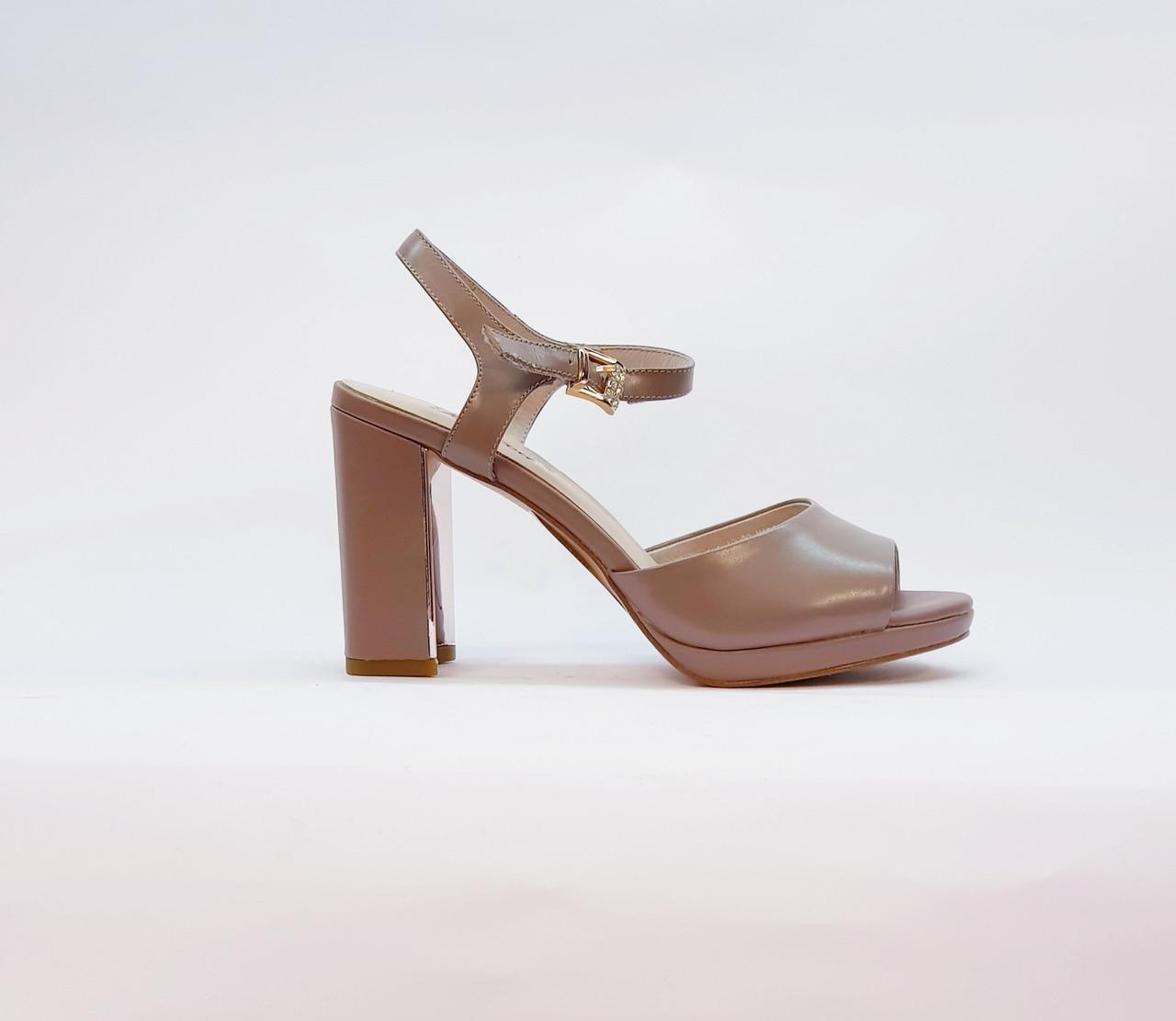 Босоножки женские натуральная кожа на высоком каблуке столбик бежевые