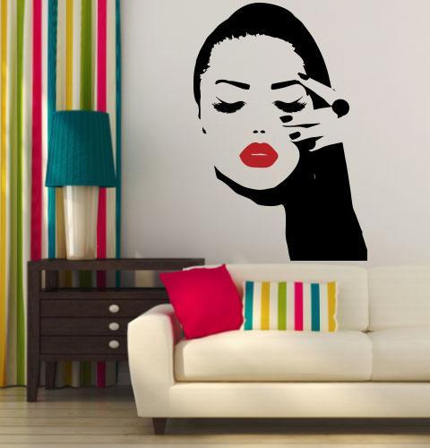 Наклейка на стену Яркая девушка (подмигивающие глаза, закрытый глаз, женский взгляд)