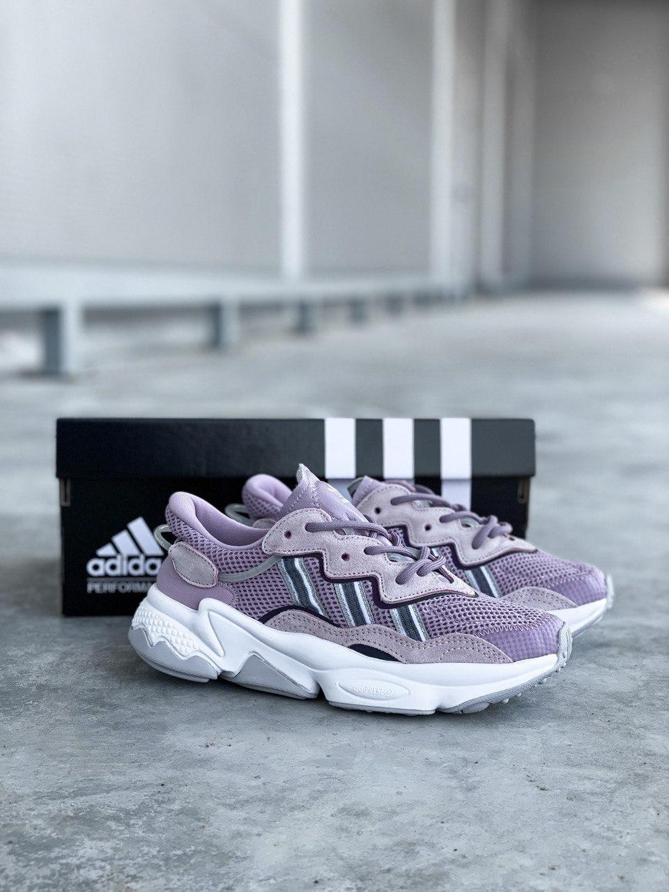 Стильні кросівки Adidas OZWEEGO