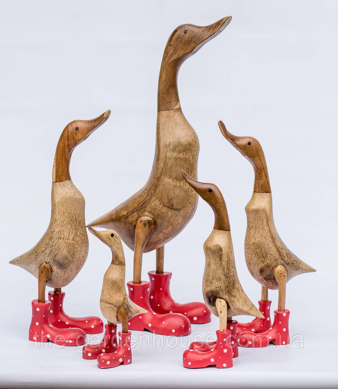 Утка в красных ботинках, 25 см