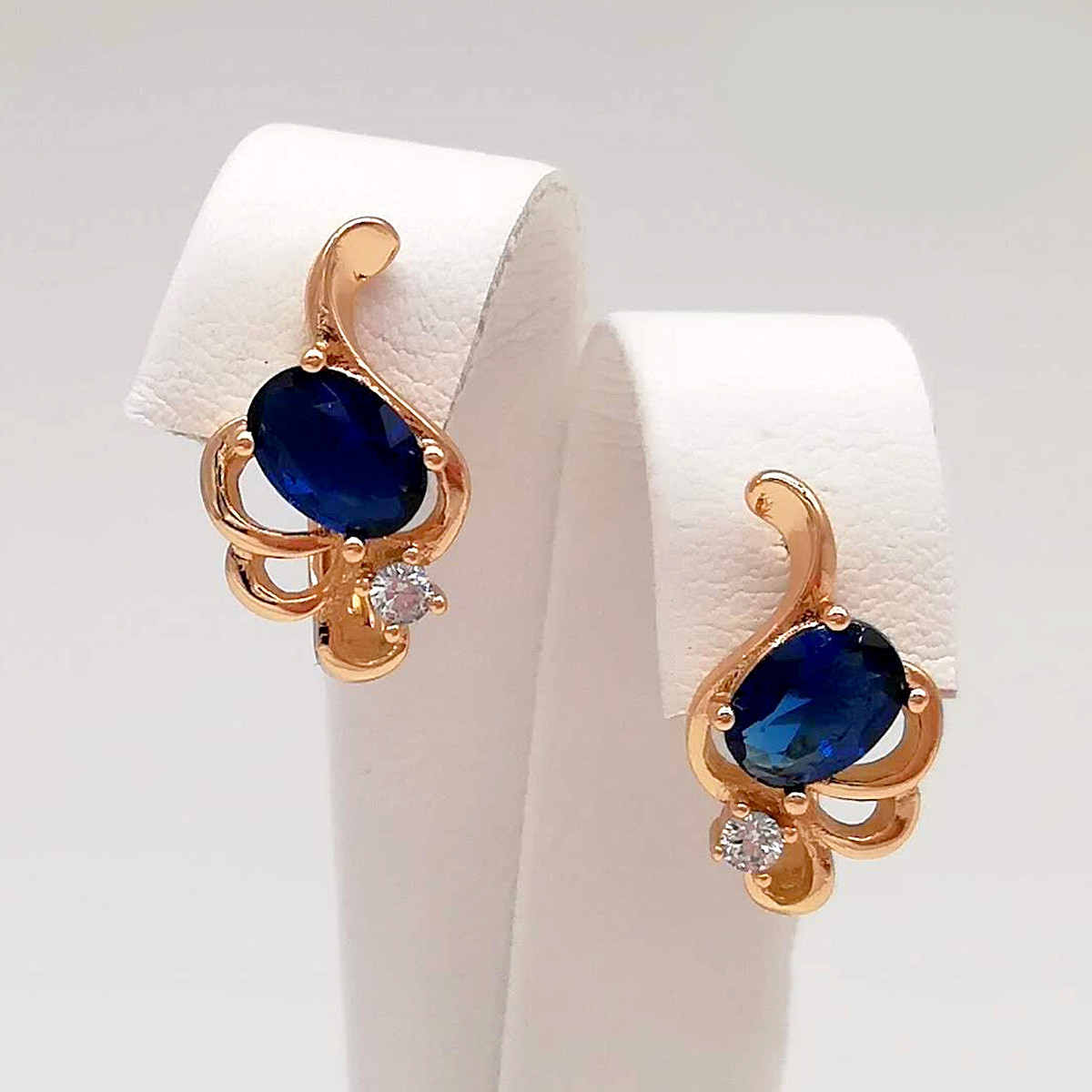 Серьги Xuping из медицинского золота, синие фианиты, позолота 18K, 24610
