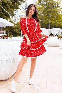 """Приталенное мини-платье """"Каприс"""" с ярусной юбкой и кружевом"""