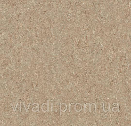 Marmoleum Marbled-weathered sand
