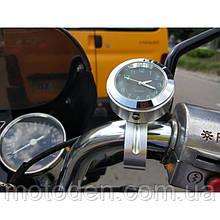 Мотогодини на виносі на кермо мотоцикла (чорний циферблат, сріблястий корпус)