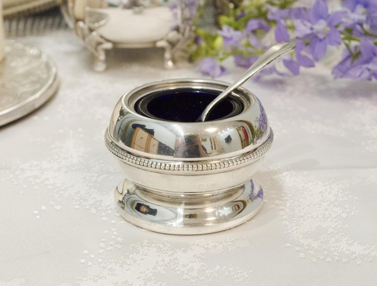Посеребренная горчичница со стеклянным вкладышем и ложечкой, серебрение, Англия