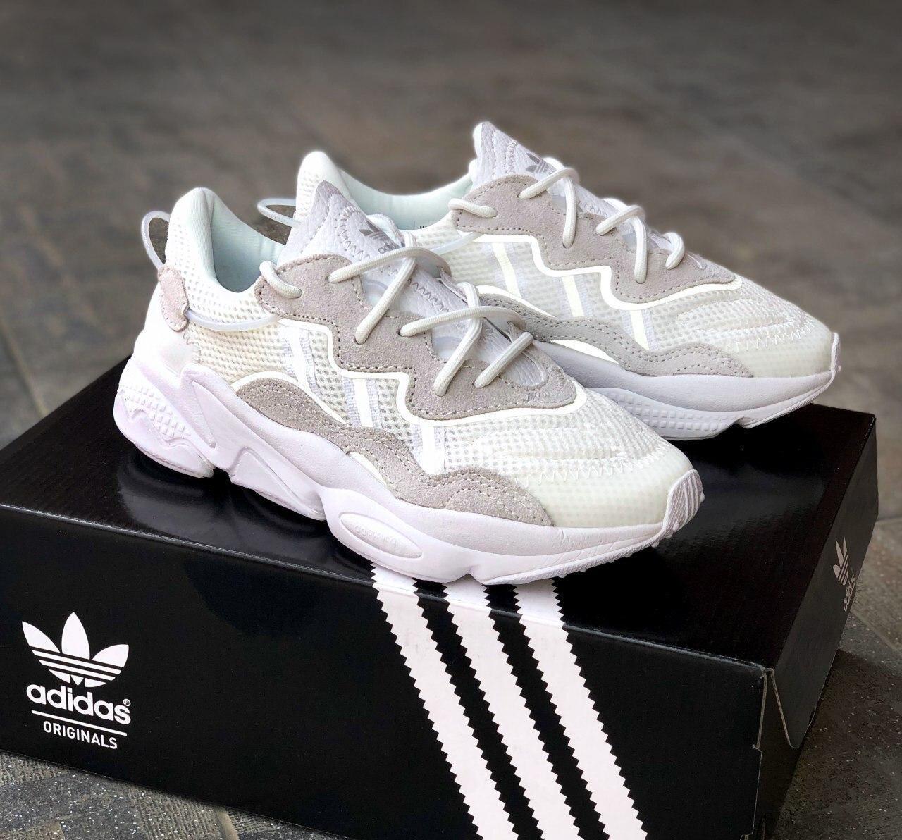 Стильные кроссовки Adidas OZWEEGO White