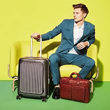 Выбираем пластиковый чемодан правильно