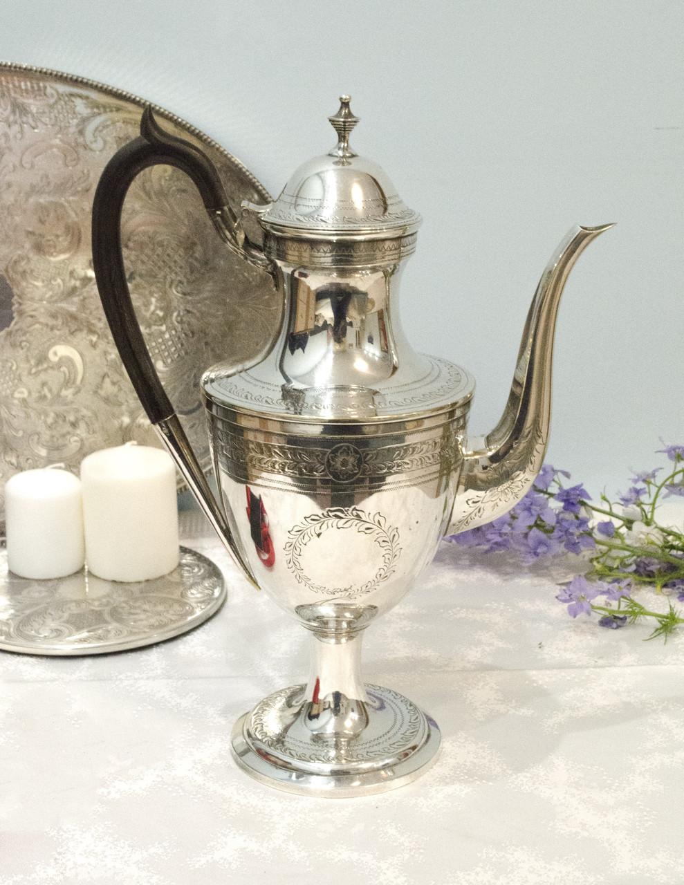 Большой английский посеребренный кофейник, серебрение, Англия, винтаж