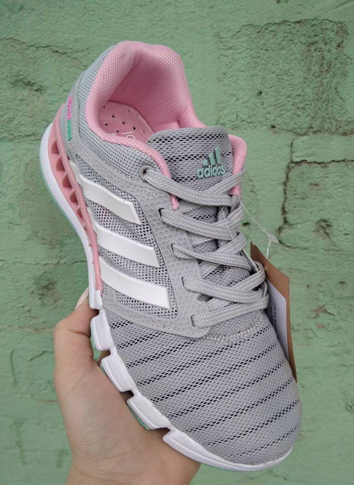 Кроссовки женские Adidas Climacool